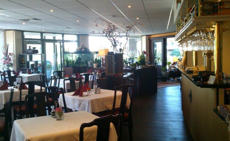 Speisen an runden Tischen im China Restaurant Han Yang